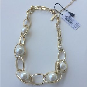 WHBM Oval Link & Glass Pearl Short Necklace- NWT